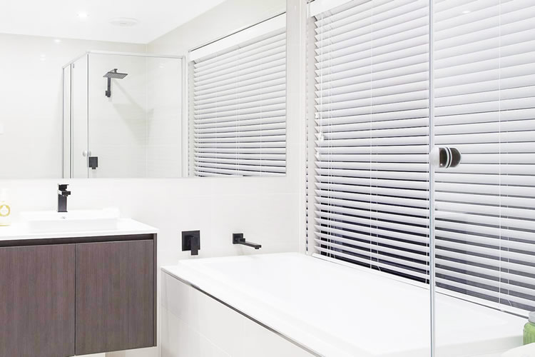 Venetian Blinds - Love Blinds & Awnings
